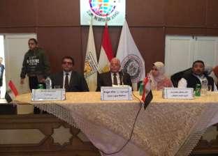 بالصور| فودة: عقد اجتماع مع مجلس أولياء أمور الطلاب على مستوى المحافظة