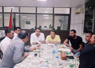 رئيس مدينة أبوزنيمة بجنوب سيناء يجتمع بلجنة الشباب لبحث مشكلات المدينة