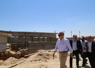 الهجان يتفقد عددا من المشروعات الخدمية في مراكز محافظة قنا