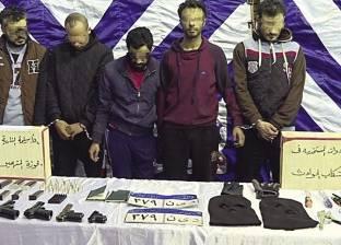 إخلاء سبيل ضابط و3 أمناء شرطة متهمين بتهريب العصابة الأردنية