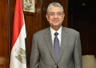 «الكهرباء» تطالب الشركة المنفذة للربط مع السودان بالالتزام بموعد التشغيل التجريبى