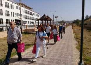 وفد إسباني يزور منطقة آثار تل العمارنة بالمنيا