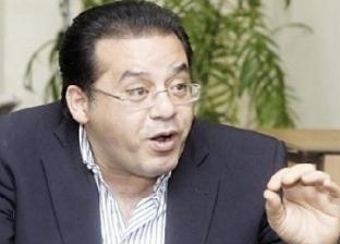 """""""الباز"""" عن """"معاكسة"""" أيمن نور لعاملات الشرق: """"عامل جامعة عربية للتحرش"""""""