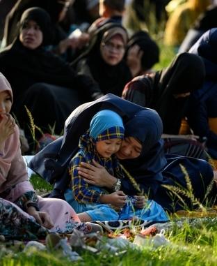 مسلمو العالم يحتفلون بعيد الأضحى المبارك