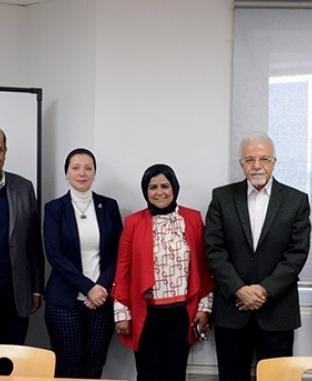 محاضرة لوزارة التخطيط بالجامعة الألمانية حول رؤية مصر 2030