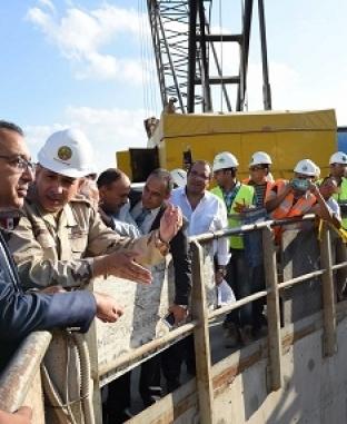 رئيس الوزراء يتفقد منطقة الاستزراع السمكي بشرق التفريعة