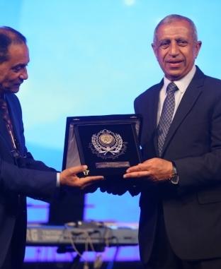 تكريم إسعاد يونس ومصطفى الفقي في حفل تخرج الأكاديمية العربية للعلوم والتكنولوجيا بالأسكندرية