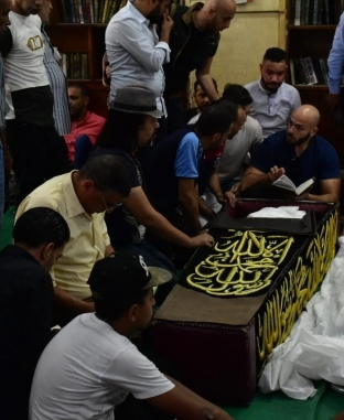 تشييع جثمان الفنان الراحل طلعت زكريا بالإسكندرية