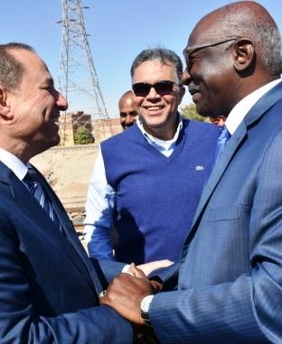 وزير النقل ونظيره السوداني ونائب محافظ أسوان يتفقدون ميناء السد العالي