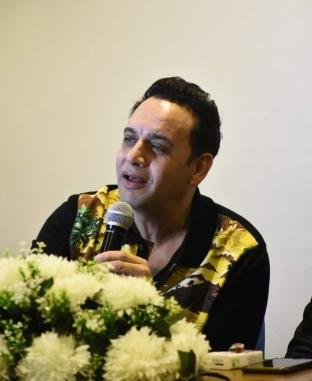 ندوة مصطفى قمر في قصر السينما