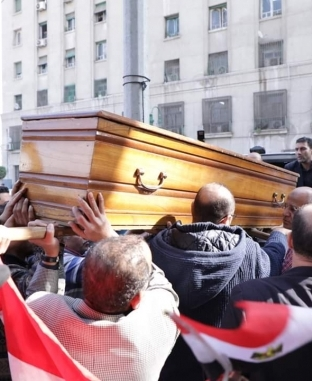 تشييع جثمان الكاتب الصحفي الراحل إبراهيم سعدة من مسجد عمر مكرم