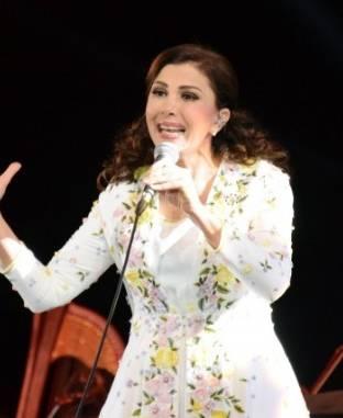 """الأوبرا تتفاوض مع ماجدة الرومي للمشاركة في """"الموسيقى العربية"""""""