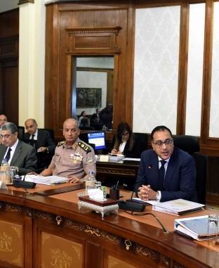 مجلس الوزراء يبحث عددا من الملفات السياسية والاقتصادية