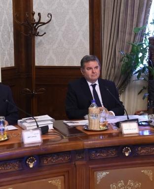 أول اجتماع لمجلس الوزراء بحضور كامل الوزير