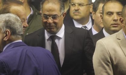 شخصيات عامة ومسؤولون في عزاء زوجة أحمد فتحي سرور