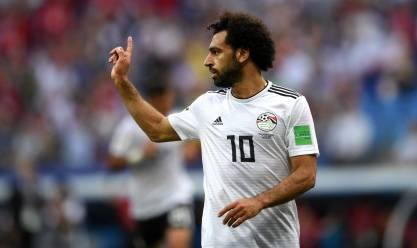 «صلاح» منفعلًا عقب خسارة السعودية: «أنا مسافر إنجلترا»