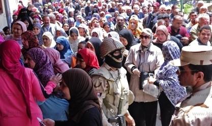 """تكدس شديد للتصويت على التعديلات الدستورية في """"سموحة"""" بالإسكندرية"""