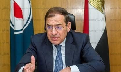 وزير البترول يغادر إلى قبرص لبحث التعاون في استيراد وتصدير الغاز