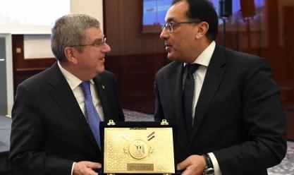 تكريم رئيس الوزراء في حفل عشاء الاتحاد الدولي لكرة اليد