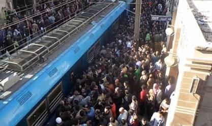 """نائب وزير النقل: استمرارالخط الأول للمترو في العمل حتى الآن """"معجزة"""""""