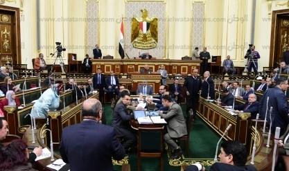 برلماني: قانون يلزم الحكومة بتحديد الأسعار ومحاكمة المخالفين