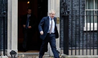 جونسون يتجه للقاء الملكة إليزابيث لطلب حل البرلمان