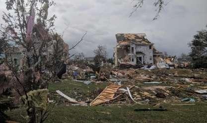 بالصور| إعصار مدمر يضرب كندا