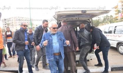 سامح الصريطي يودع زوجته في عيد الحب من مسجد السيدة نفيسة