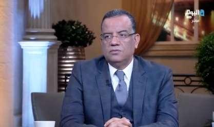 """مسلم: توزيع الصحف تجاوز مليوني نسخة يوميا في 2012.. """"شغف القراء مش زي زمان"""""""