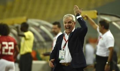 عاجل| أجيرى يختار 12 محترفا لمباراتى سوازيلاند