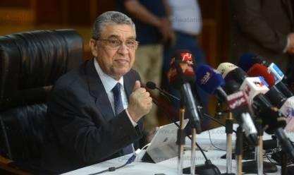 وزير الكهرباء يتابع إلتزام خطط التطوير في 4 محافظات بالجداول الزمنية
