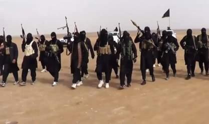 """مقتل 150 عنصرا من """"داعش"""" بغارات للتحالف على شرق سوريا"""