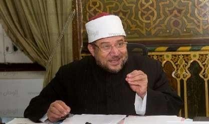 """وزير الأوقاف: """"الجلباب ليس زي الإسلام.. لم نُلزّم بزي معين"""""""
