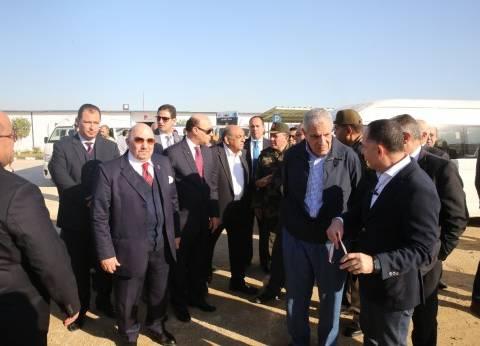 بالصور| محلب ومميش يتفقدان مشروعات المنطقة الاقتصادية وميناء سوميد