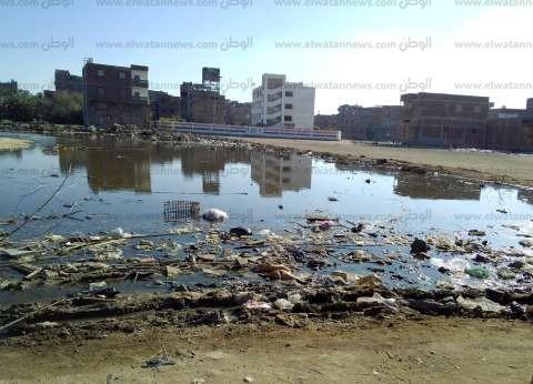 «الجواهرة والخياطة».. مدارس تحت حصار برك «الصرف» والماع