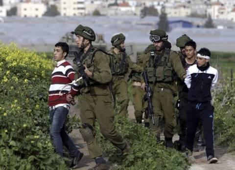 قوات الاحتلال تعتقل 8 مواطنين بينهم طفلان في الضفة