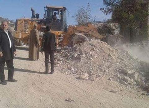 إزالة 19 حالة تعدٍ بمركز ديرمواس في المنيا