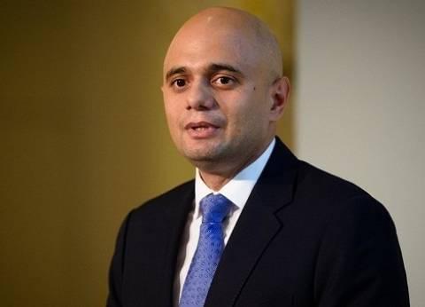 """وزير الداخلية البريطاني يطالب """"التواصل الاجتماعي"""" بمنع المحتوى المتطرف"""