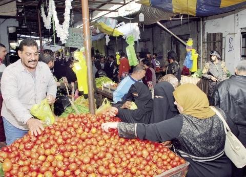 تراجع أسعار الخضراوات والفاكهة والذهب فى أول أيام «التعديلات»