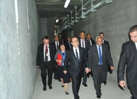 الرئيس الفرنسي يتفقد محطة مترو هارون بمصر الجديدة
