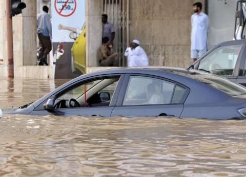 اضطراب في حركة السير وإغلاق المدارس عقب سقوط الأمطار بالسعودية