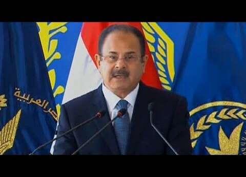 وزير الداخلية يهنئ رئيس الوزراء بعيد الفطر