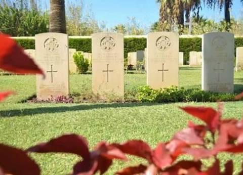 السيسي يضع إكليل الزهور على النصب التذكاري لجنود دول الكومنولث