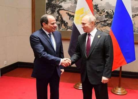 الرئاسة: بوتين أشاد بجهود تأمين المطارات.. ويدعم استئناف حركة الطيران