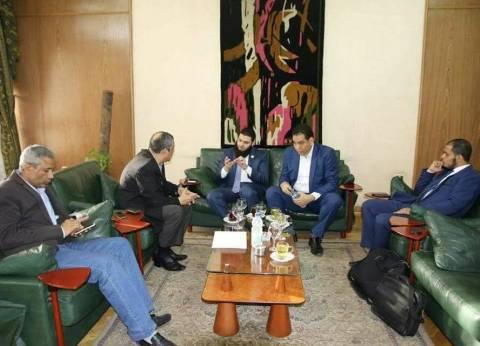 أبو السعود محمد: صورة لقاء قلاش بأعضاء حزب النور قديمة