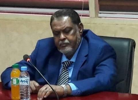 وزير المالية السوداني: مستعد للاستقالة لإنهاء الأزمة الاقتصادية