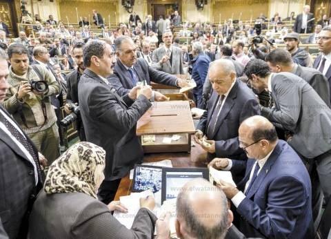 «الوطن» ترصد تفاصيل اجتماعات «الغرف المغلقة» لحسم الفائز بمقعد «الوكيل الثانى» للبرلمان