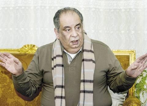 """بالفيديو  يوسف زيدان معلقا على """"واقعة السيجارة"""": مدير ندوة المغرب """"شاب مغمور"""""""