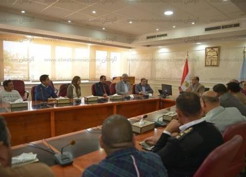محافظ مطروح يلتقي بأساتذة جامعة إسكندرية لوضع رؤية لتطوير الشوارع
