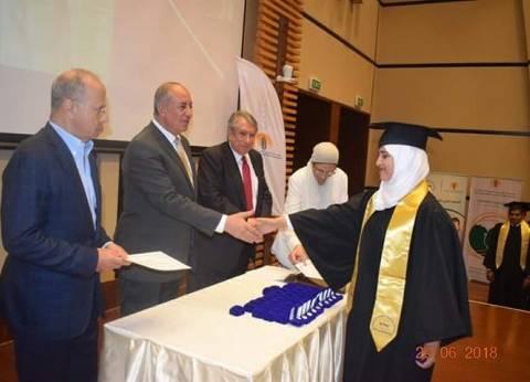 محافظ البحر الأحمر يشهد تخريج 59 طالبا بالمعهد الفني في الجونة